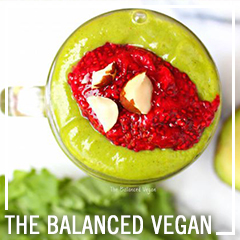 Delicious, Deluxe Detox Smoothie - The Balanced Vegan - www.thebalancedvegan.com