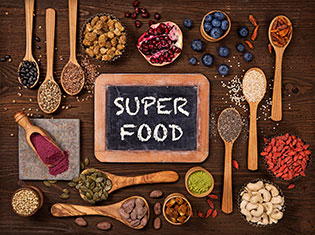How Superfoods Support Fasting